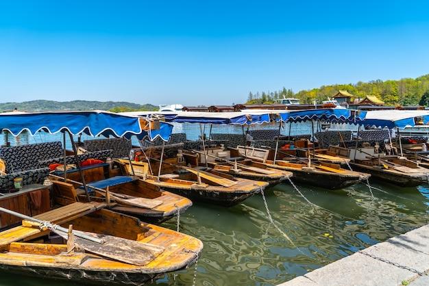 A bela paisagem de west lake em hangzhou