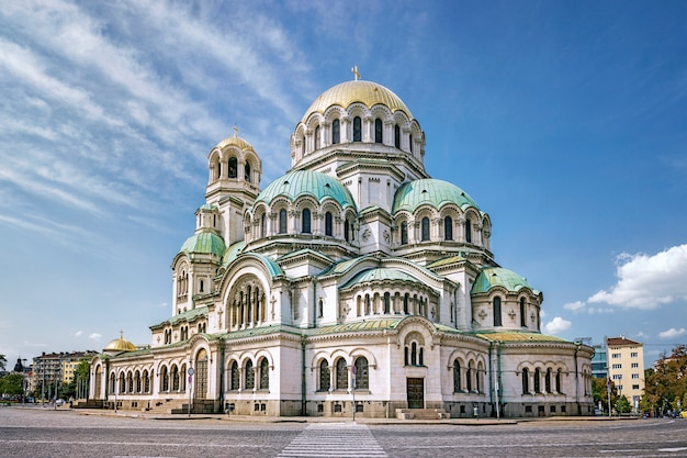 A catedral de alexander nevsky no centro da cidade de sofia, bulgária