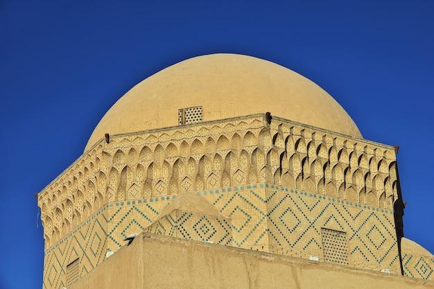 A construção da antiga cidade de yazd no irã
