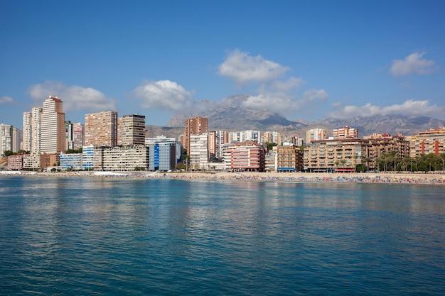A costa de benidorm, província de alicante, espanha