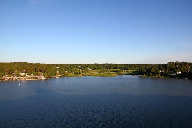 A costa do mar báltico, finlândia