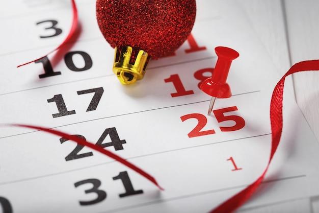 A data de natal é destacada no calendário como um evento importante