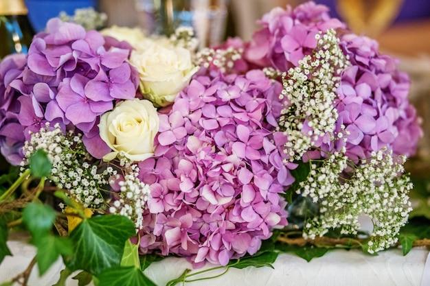 A decoração das flores de hortênsia.