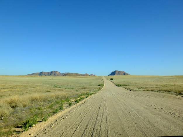 A estrada no deserto, windhoek, namíbia
