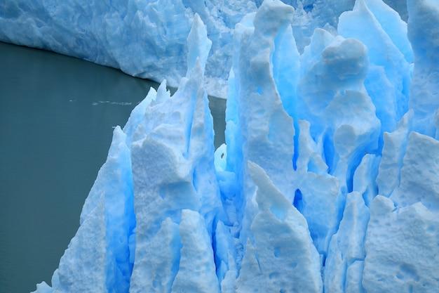 A formação de gelo do glaciar perito moreno, parque nacional los glaciares, argentina