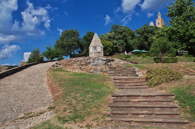A fortaleza em veliko tarnovo, bulgária