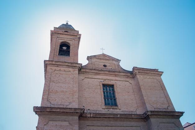 A igreja em santarcangelo europa itália