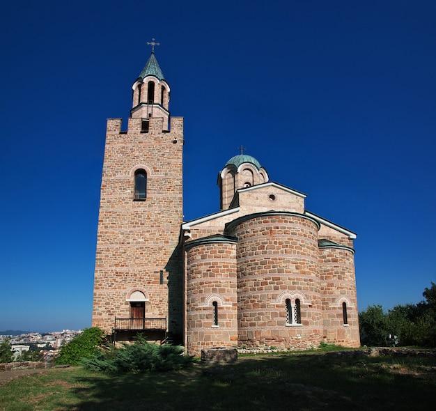 A igreja na fortaleza em veliko tarnovo, bulgária