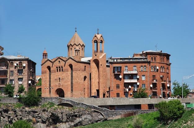 A igreja vintage na cidade de yerevan, na armênia