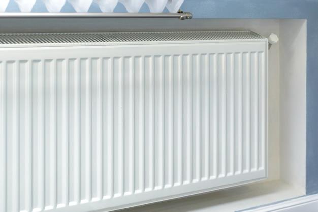 A instalação do sistema de aquecimento tubos do sistema de aquecimento