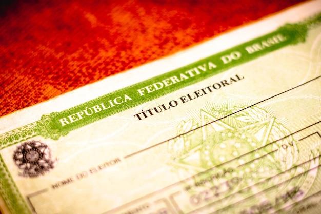 A licença de eleitor titulo eleitoral foto eleitoral cartão de voto cédula eleitoral