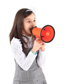 A menina com o porta-voz