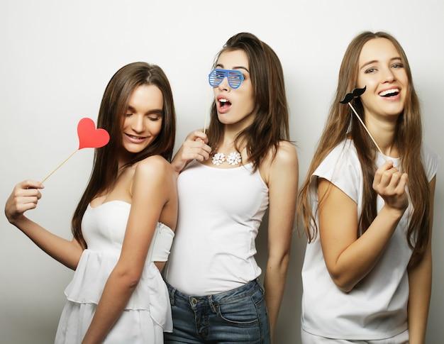 À moda hippie sexy garotas melhores amigas prontas para festa.