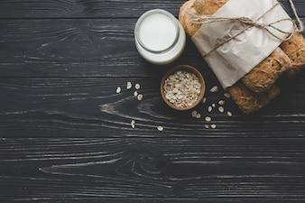 A partir de pães e produtos lácteos acima