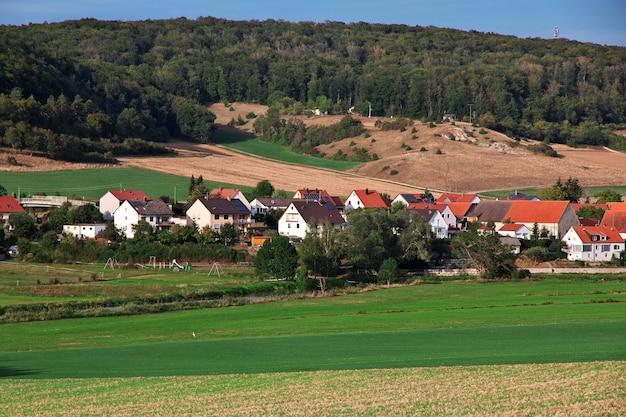 A pequena aldeia na baviera da alemanha