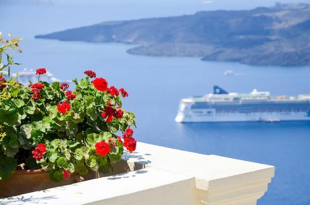 A pitoresca ilha de santorini na grécia
