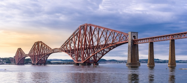 A ponte forth edimburgo panorama