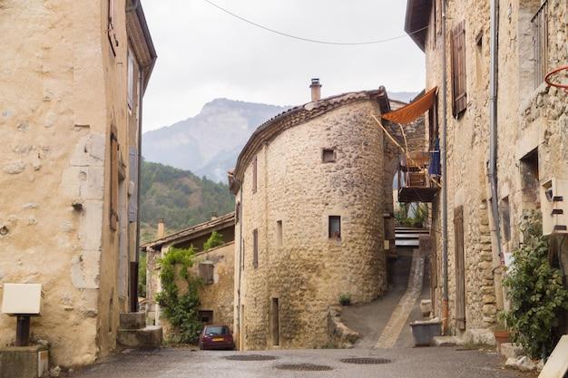 A rua medieval.