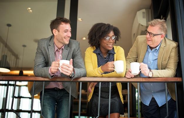 A ruptura de café da equipe do negócio relaxa o conceito