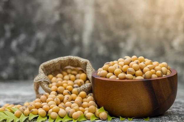 A soja saudável é rica em proteínas e vitaminas.
