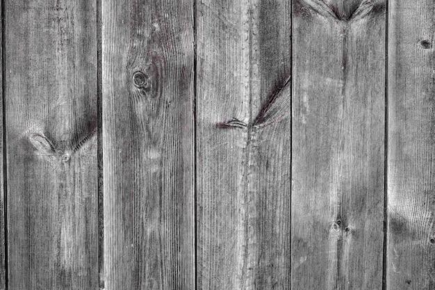 A textura de madeira marrom com padrões naturais