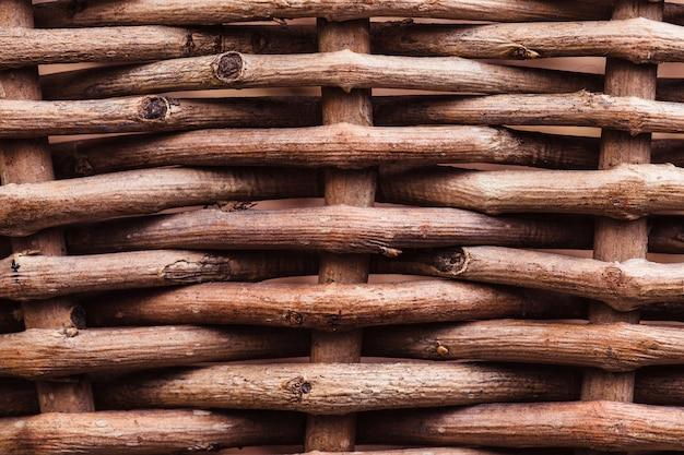 A textura de uma cesta de vime de uma haste