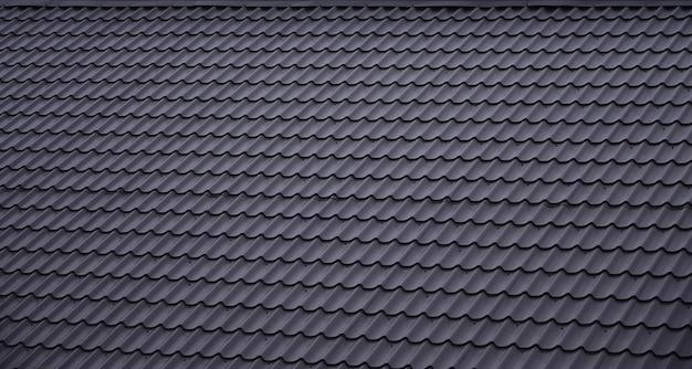 A textura do telhado de metal pintado