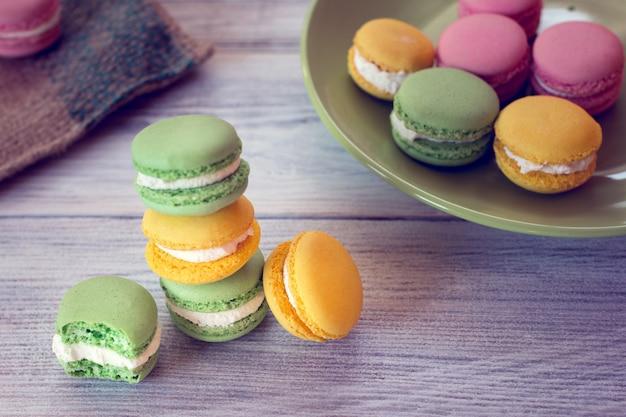 A tradição francesa - macaroons coloridos