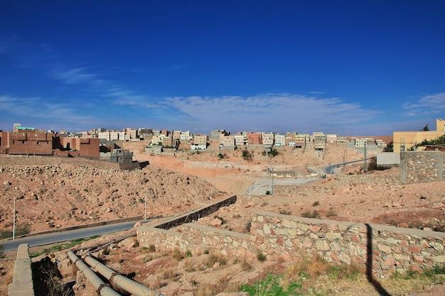 A vista sobre a medina da cidade de el atteuf, deserto do saara, argélia
