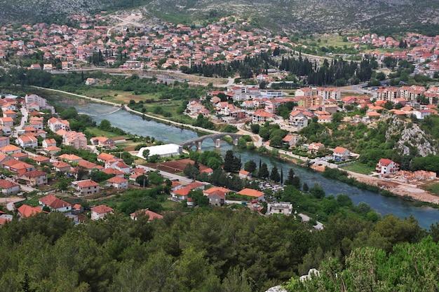 A vista sobre trebinje, bósnia e herzegovina