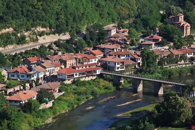 A vista sobre veliko tarnovo na bulgária