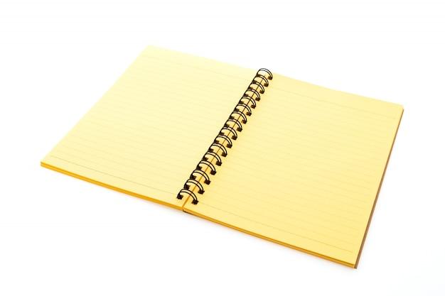 Aberto caderno amarelo