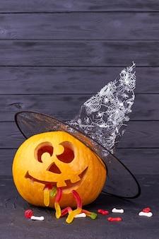 Abóbora de halloween engraçada.