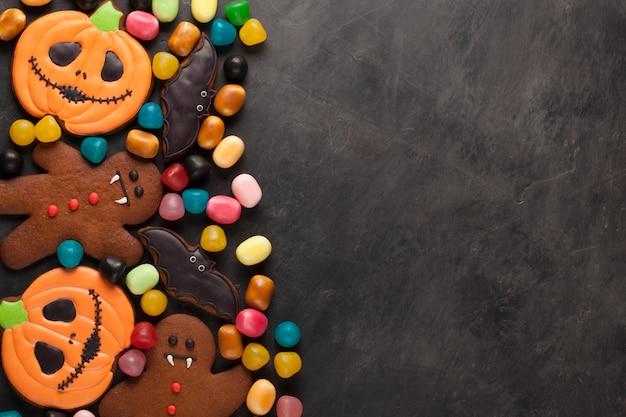 Abóbora de halloween, morcego e pão de gengibre.