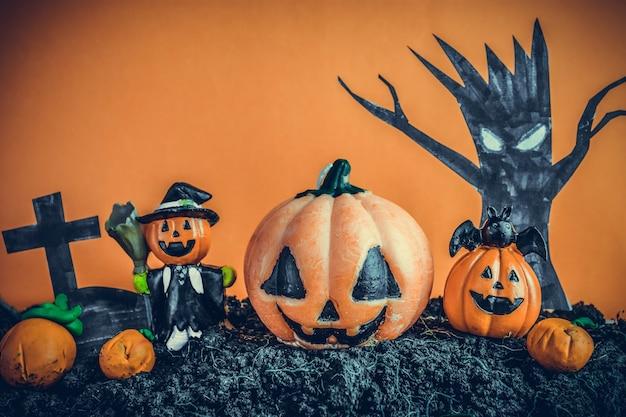 Abóboras de halloween no solo