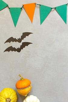 Abóboras de halloween outono, fundo cinza