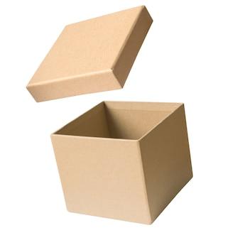 Abra a caixa de papelão caixa de cor marrom no fundo branco