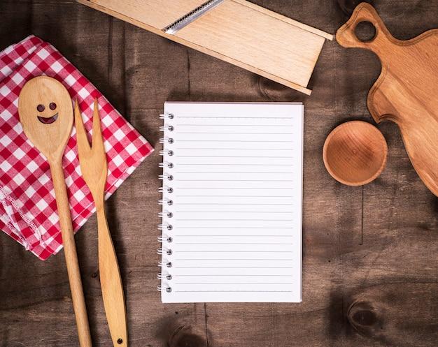 Abra o bloco de notas de papel na linha