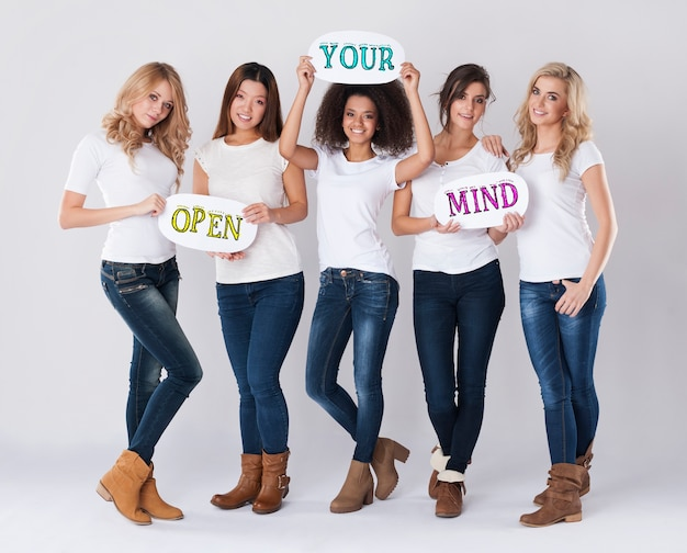 Abra sua mente para o mundo