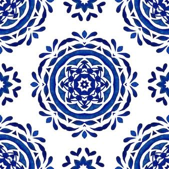 Abstrato azul e branco desenhado à mão mandala floco de neve telha padrão de pintura aquarela ornamental sem emenda. textura de luxo elegante para papel de parede e tecido de convite