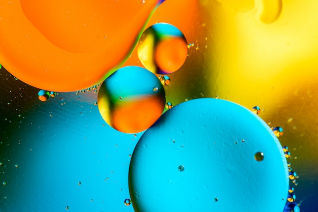 Abstrato bonito cor de água misturada e óleo.