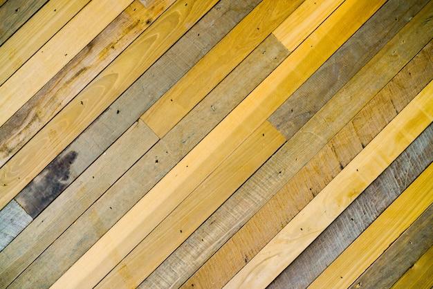 Abstrato moderno em madeira