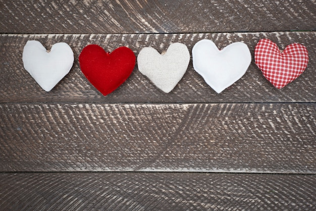 Abundância de corações em uma fileira
