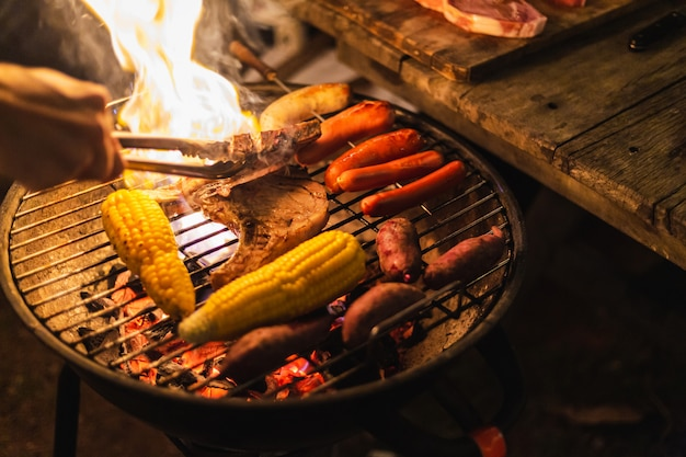 Acampamento de churrasco