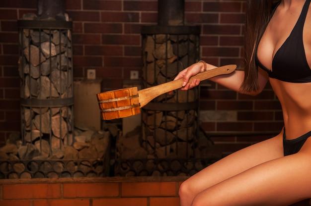 Acessórios de banho de madeira