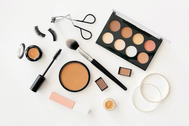 Acessórios de beleza e produtos cosméticos