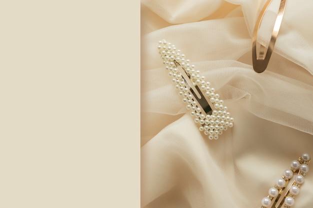 Acessórios de cabelo tendência conceito padrão de grampos de cabelo com pérolas