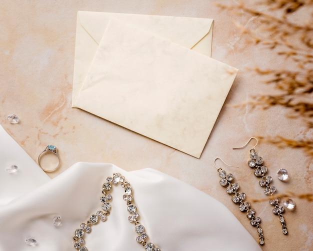 Acessórios de noiva de vista superior