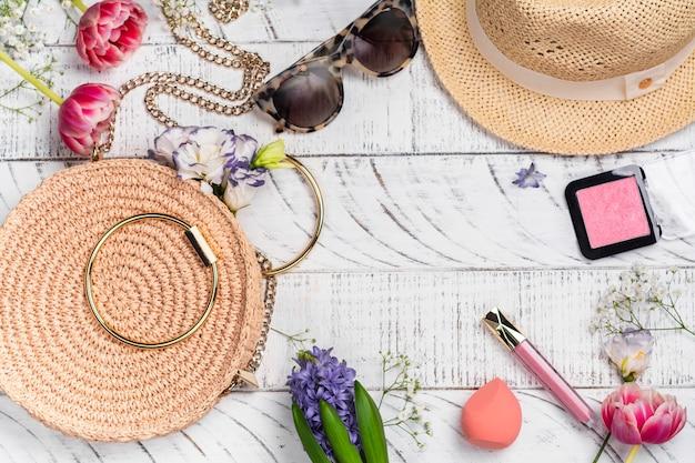 Acessórios de primavera verão feminino