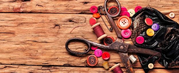 Acessórios e tecidos de costura